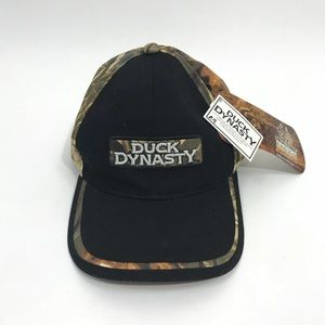 Duck Dynasty Black Swamp Camouflage Show  Hat Cap